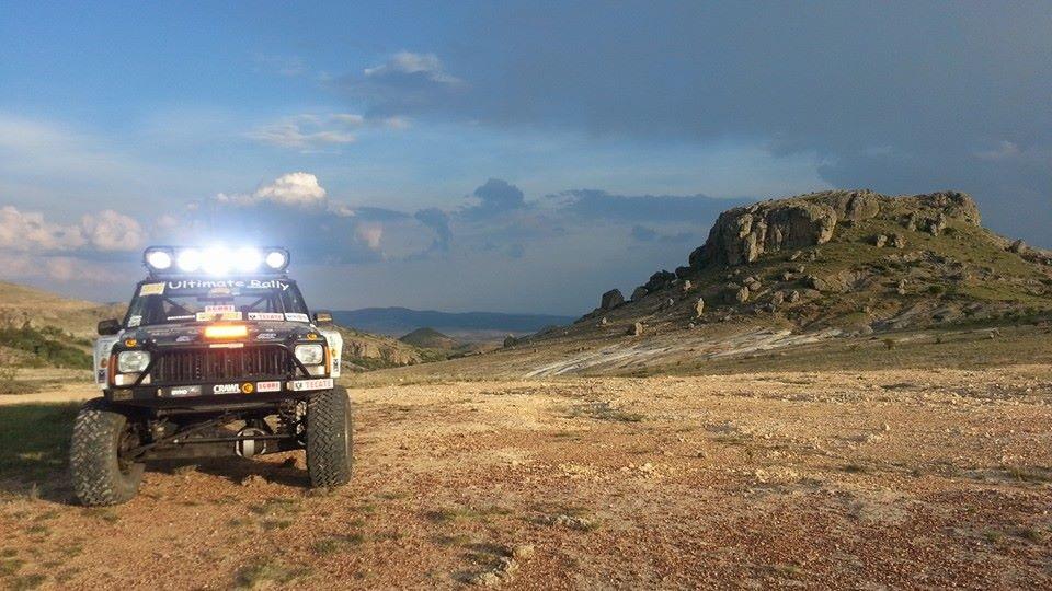[Image: Jeep%20King%20Cherokee%20in%20Planet%20GTOROCKS.jpg]