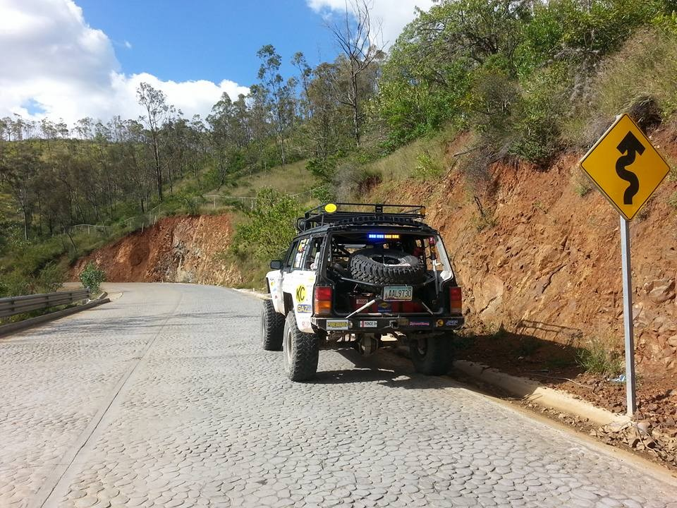 [Image: Jeep%20King%20Cherokee%20race%20vehicle.jpg]